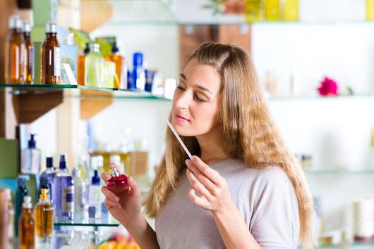 نحوه انتخاب عطر مناسب - چگونه عطر مناسب انتخاب کنيم؟